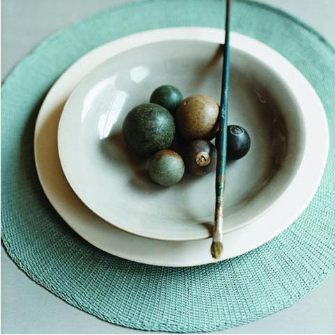 Stour-dinnerware-place-setting