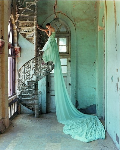 Dress,fashion,photography,princess,tim,walker,fashion,photography-0f0661e9604d82baf312d241ea2e521f_h