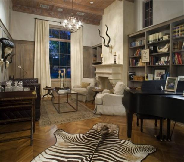 Zebra-skin-rugs-on-Zebra-Interior-Decorating-Ideas