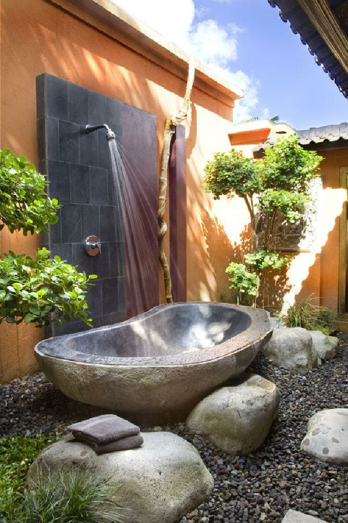 Outdoor_Bath_3