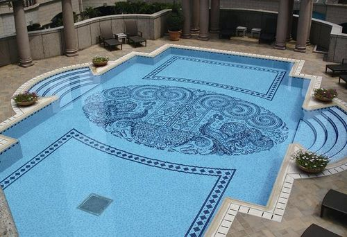 Comfortable-swimming-pool-design-and-uniqueness