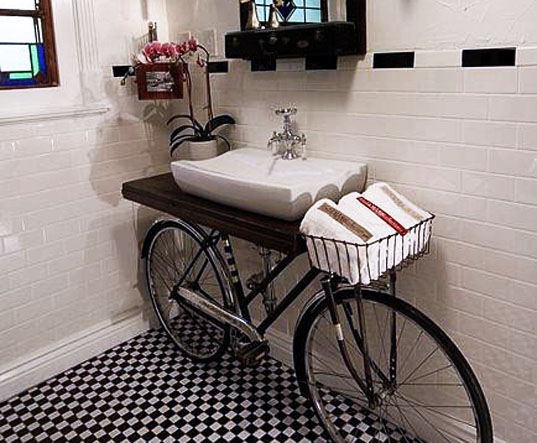 Found-a-built-in-bike-in-a-bathroom-160542