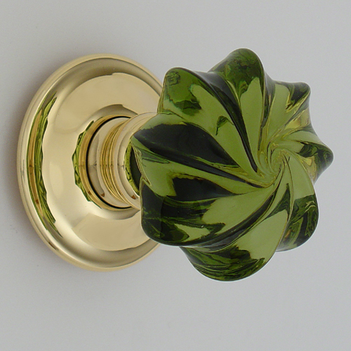 Peridot_whirl_glass_door_knob_on_brass_roseL