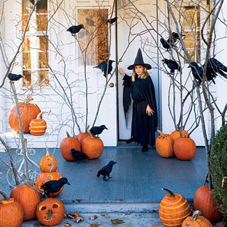Halloween-decorations-pumpkins-ravens-1007-fb1