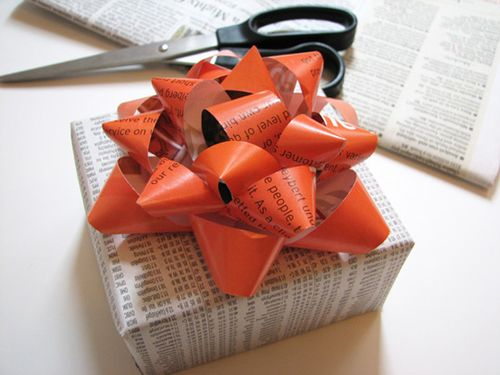 Recycled-gift-bow