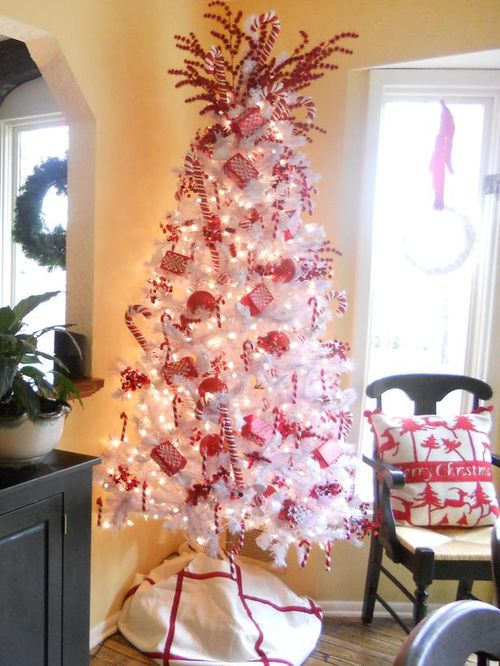 RMS_mazuy-candy-cane-Christmas-tree_s3x4_lg